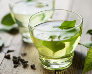 green-tea-10-daily-habits-blast-belly-fat
